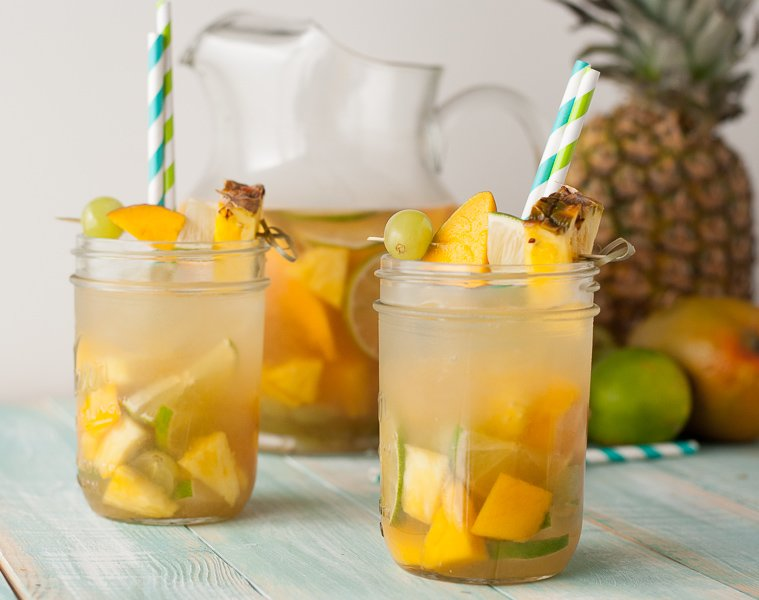 tropical-passion-sangria-by-pineapple-and-coconut